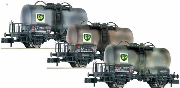Fleischmann 841201 - German BP weathered 3 piece tank car set of the DB
