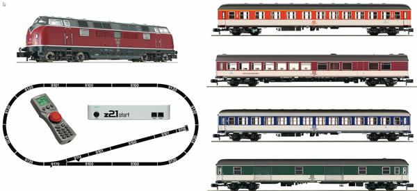 Fleischmann 931881 - z21®start Digital starter set: Locomotive class 221 and express train (Popfarben)