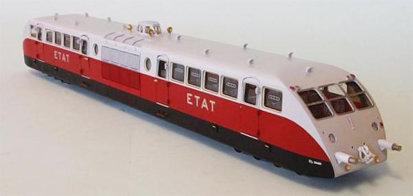 Fulgurex 2255-A - Bugatti Diesel Railcar of the ETAT Railroad  Présidentiel Red/Grey Livery