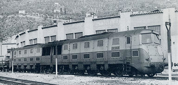 Fulgurex 2266-1 - French Double Diesel Locomotive Class 262 AD1 of the SNCF