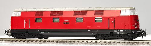 Gutzold 47083 - German Diesel Locomotive V180 007 of the DR (Sound Decoder)