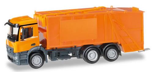 Herpa 307048 - Mercedes Antos Garbage Truck Undecorated