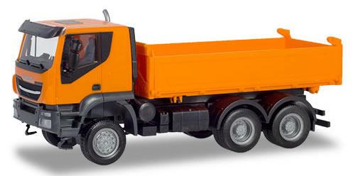 Herpa 309998 - Iveco Trakker 6X6, 3-Way Dump