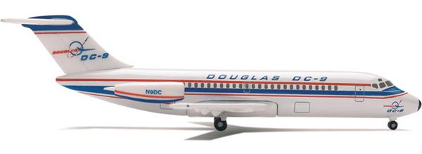 Herpa 514330 - DC-9-10 (27.50) Boeing Milestone Series
