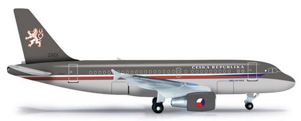 Herpa 523318 - Airbus 319 CJ (32.95) Czech Air Force