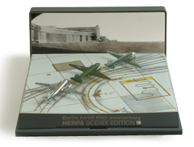 Herpa 524803 - DC-3 Set Extra Shop Berlin Airlift - 60th Anniver...