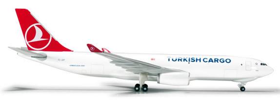 Herpa 526142 - Airbus 330-200f Turkish Cargo