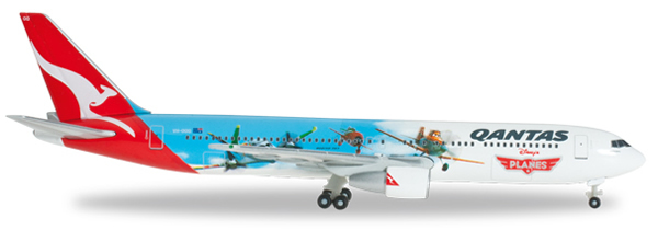 Herpa 526562 - Boeing 767-300 Qantas - Disneys Planes