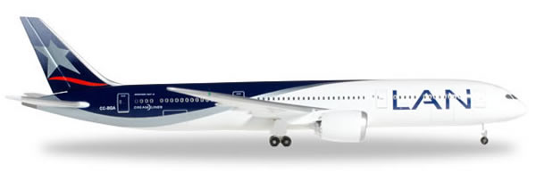 Herpa 527842 - Boeing 787-9 LAN Chile