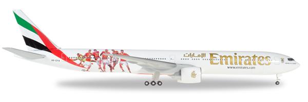 Herpa 529853 - Boeing 777-300er Emirates, Benfica Lissabon