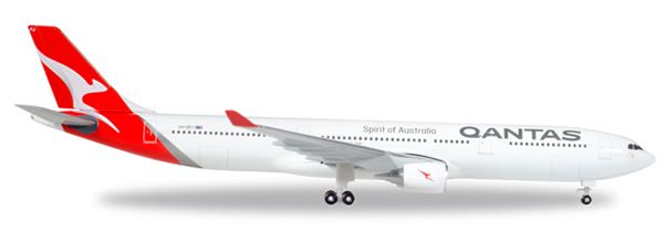 Herpa 530156 - Airbus 330-300 Qantas, Vh-Qpj