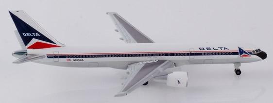 Herpa 532600 - Boeing 757-200 Delta Airlines