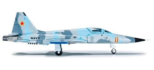Herpa 554985 - Northrop F 5N Tiger 2 (46.75) US Navy - Saints