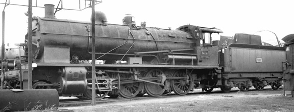 Jouef HJ2407 - French Steam locomotive 140 C 362, with tender 18 C 550 of the SNCF