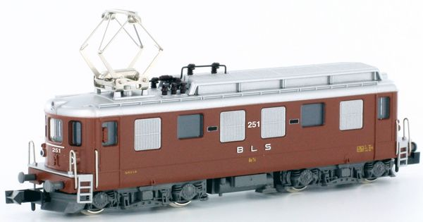 Kato HobbyTrain Lemke K10503 - Swiss Electric Locomotive Ae4/4 of the BLS