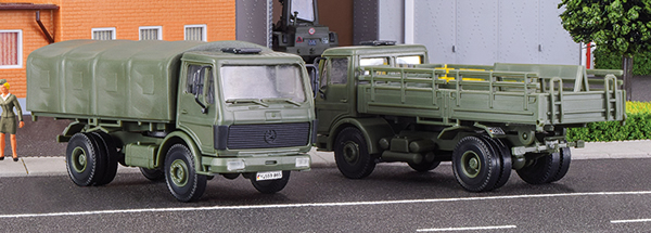 Kibri 18051 - H0 Bundeswehr truck MB 1017 / 1017A flatbed, 2 pieces
