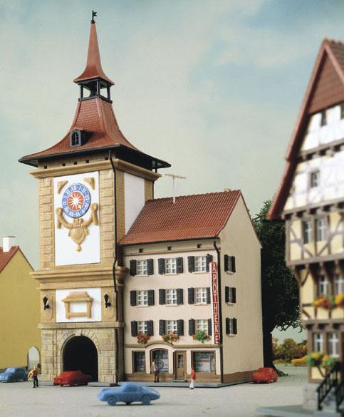 Kibri 36805 - Z Town gate with chemist´s shop in Murten