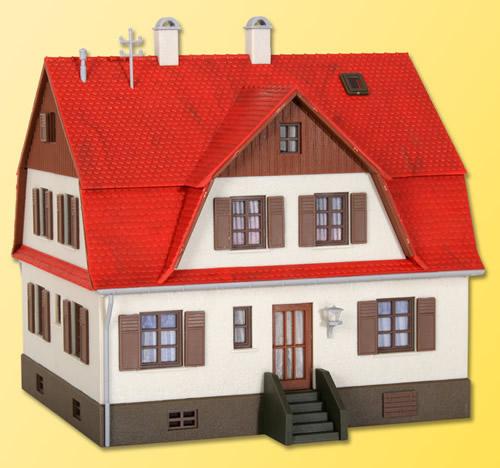 Kibri 38162 - H0 House with oriel