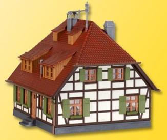 Kibri 38165 - H0 Half-timbered farmhouse