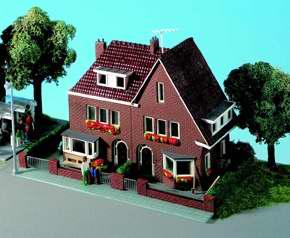 Kibri 38325 - Amselweg House