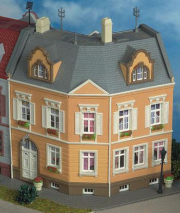 Kibri 38387 - H0 House Schillerplatz