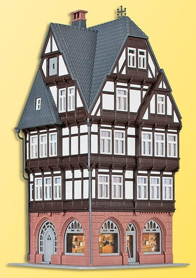 Kibri 38450 - H0 Half-timbered city house