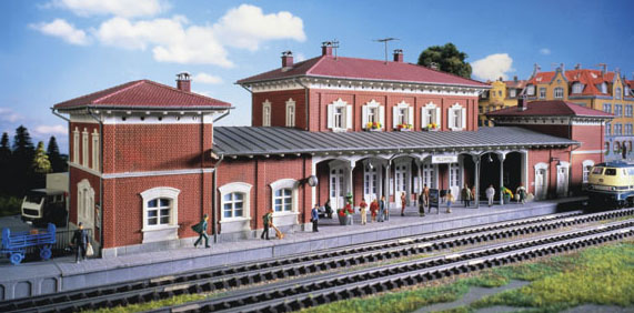 Kibri 39366 - H0 Station Feldafing