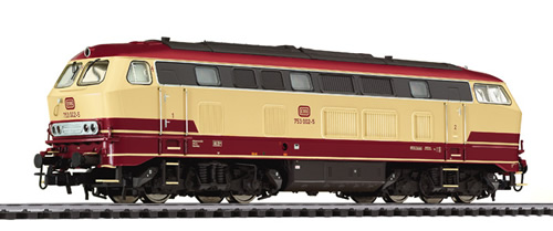 Liliput 132029 - Diesel Locomotive BR 753 Beige/Red DB Ep.IV