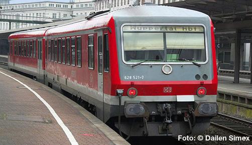 Liliput 163203 - German Diesel Railcar BR 628 521-7/928 521-4 of the DB AG