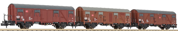 Liliput 260136 - 3pc Covered Freight Car Set type Gos 245
