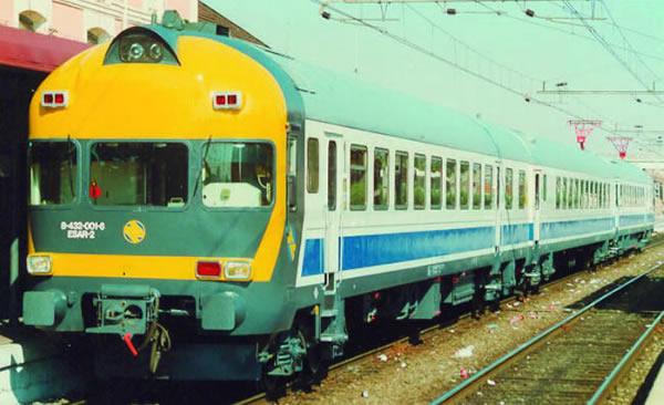 Mabar M-84323s - Spanish 3 unit Railcar UT432 of the RENFE INTERCITY (DCC Sound Decoder)