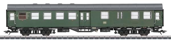 Marklin 41330 - German 2nd Class Passenger Car & Baggage Car of the DB