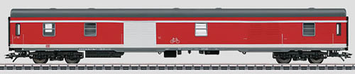 Marklin 43961 - German Baggage Car Dduu 498.1 of the DB AG