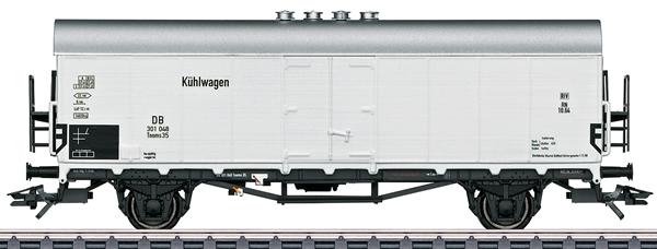 Marklin 46171 - German Refridgerator Car Tnoms 35 of the DB