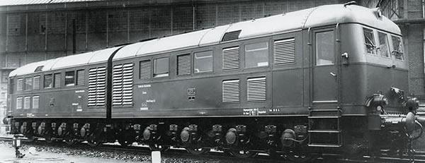 Marklin 55284 - German Heavy Double Unit Diesel locomotive D 311.02 A / B of the DRG (Sound Decoder)