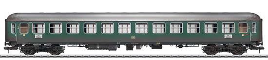 Marklin 58027 - German Express Train Passenger Car type B4üm-61 of the DB, weathered