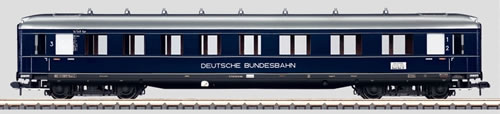 Marklin 58131 - DB EXP TRAIN PASS CAR 1/ 2/ 3 CL 05