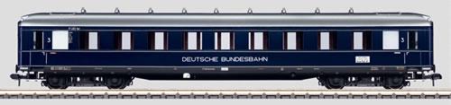 Marklin 58132 - DB EXP TRAIN PASS CAR 3RD CL 05