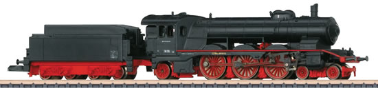 Marklin 88184 - German Express Locomotive BR 18.1 with a Tender of the DB