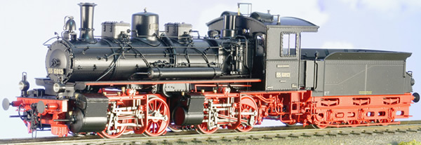 Micro Metakit 05405H - DRG Era II Class 55 Mallet Black/Red Livery