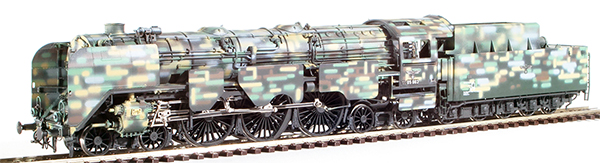 Micro Metakit 97106H - Deutsche Reichsbahn BR 05 Camo Livery with Armour Plating