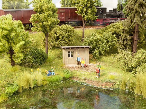 Noch 12036 - At the Pond
