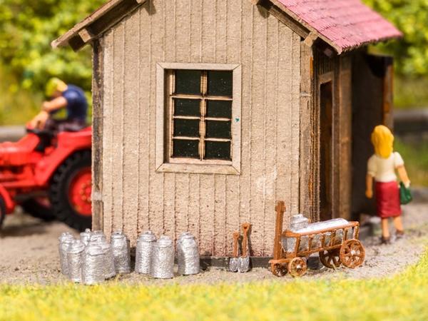 Noch 13725 - Dairy Farming Set