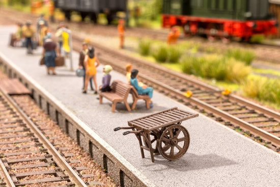 Noch 13820 - Platform Trolley