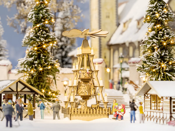 Noch 14395 - Christmas Market Pyramid