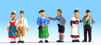 Noch 15578 - People in Traditional Costume
