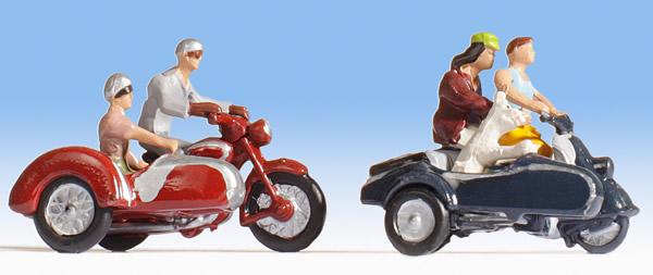 Noch 15905 - Motorcyclists