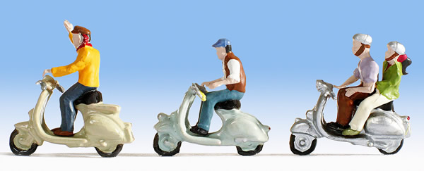 Noch 15910 - Scooter Drivers
