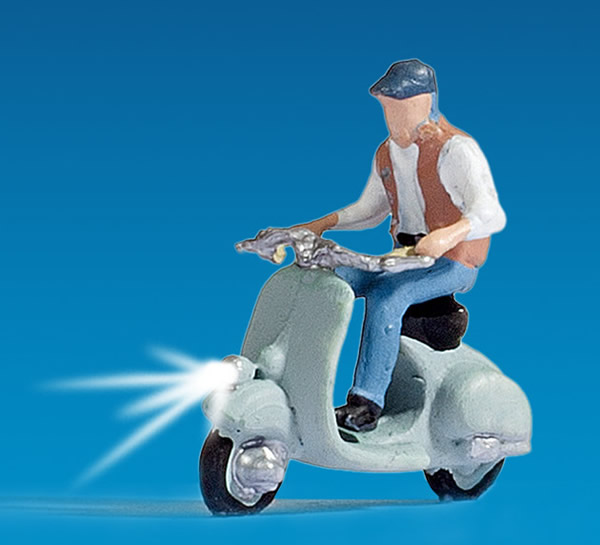Noch 17511 - Scooter Driver, illuminated