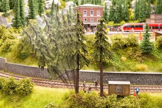 Noch 21928 - micro-motion Falling Tree Spruce Tree